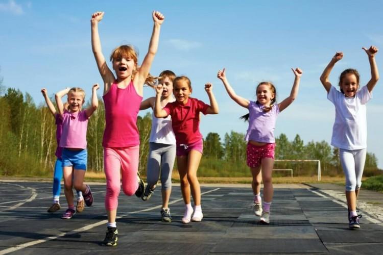 Как привить детям любовь к спорту