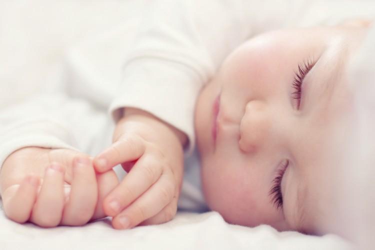 Как воспитывать малыша до года, профессиональные советы психолога